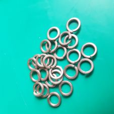 24 X M8 SPRING STAINLESS STEEL WASHERS